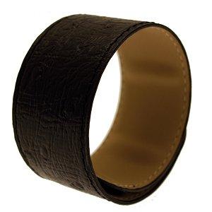 Le bracelet manchette est l'accessoire incontournable de l'été 2012